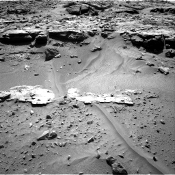 Nasa's Mars rover Curiosity acquired this image using its Right Navigation Camera on Sol 606, at drive 1136, site number 31