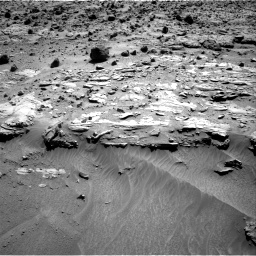 Nasa's Mars rover Curiosity acquired this image using its Right Navigation Camera on Sol 609, at drive 1256, site number 31