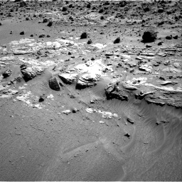 Nasa's Mars rover Curiosity acquired this image using its Right Navigation Camera on Sol 609, at drive 1274, site number 31