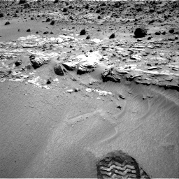 Nasa's Mars rover Curiosity acquired this image using its Right Navigation Camera on Sol 609, at drive 1280, site number 31