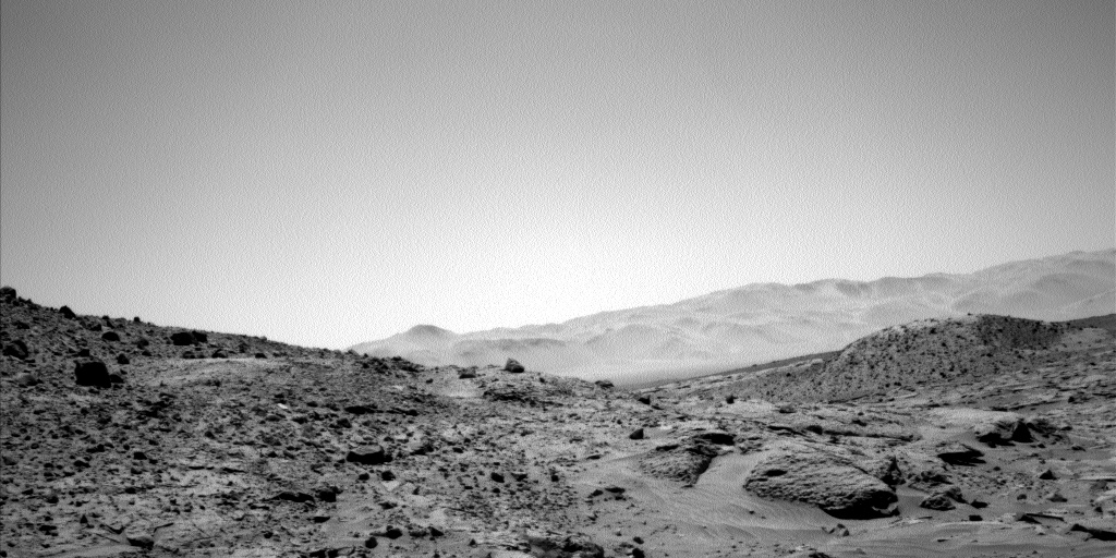 Nasa's Mars rover Curiosity acquired this image using its Left Navigation Camera on Sol 626, at drive 1330, site number 31