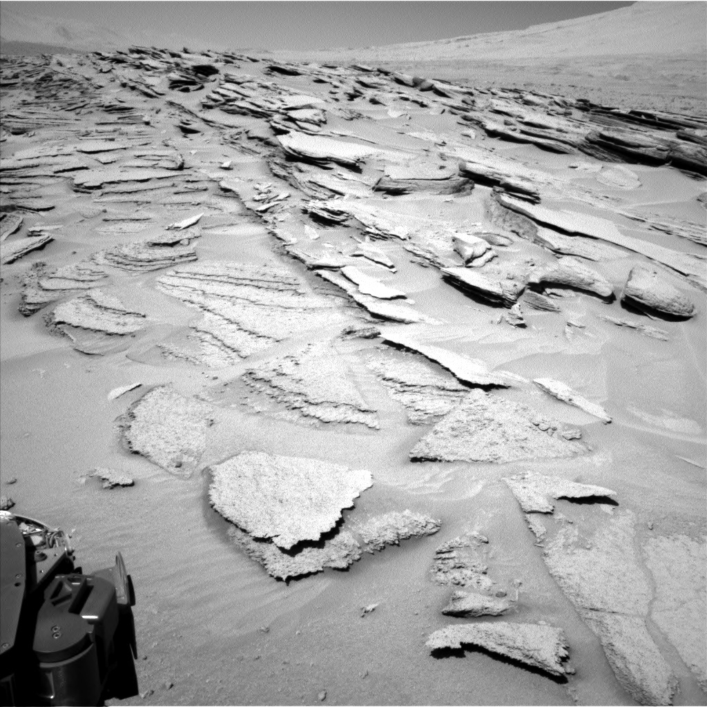 Nasa's Mars rover Curiosity acquired this image using its Left Navigation Camera on Sol 630, at drive 1472, site number 31