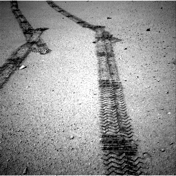 Nasa's Mars rover Curiosity acquired this image using its Right Navigation Camera on Sol 634, at drive 264, site number 32