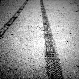 Nasa's Mars rover Curiosity acquired this image using its Right Navigation Camera on Sol 634, at drive 390, site number 32