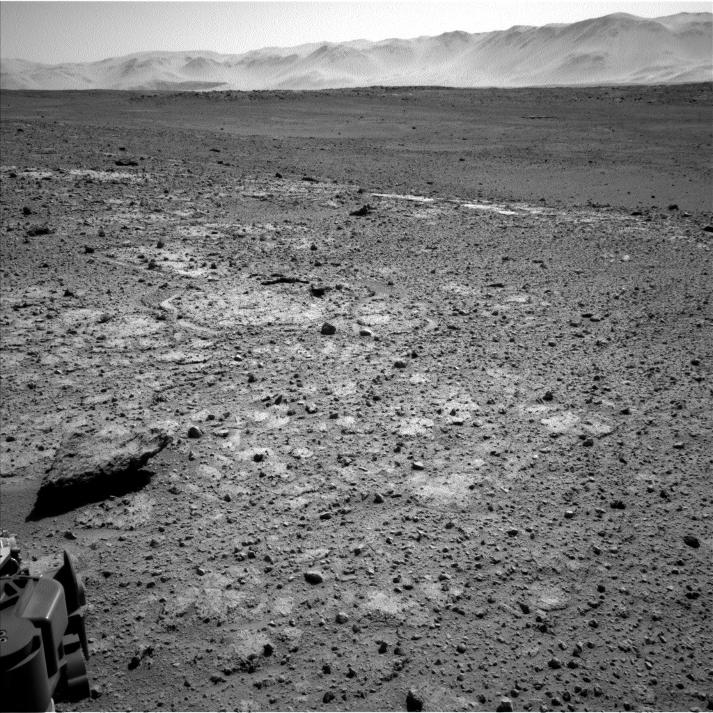 NASA's Mars rover Curiosity acquired this image using its Left Navigation Camera (Navcams) on Sol 647
