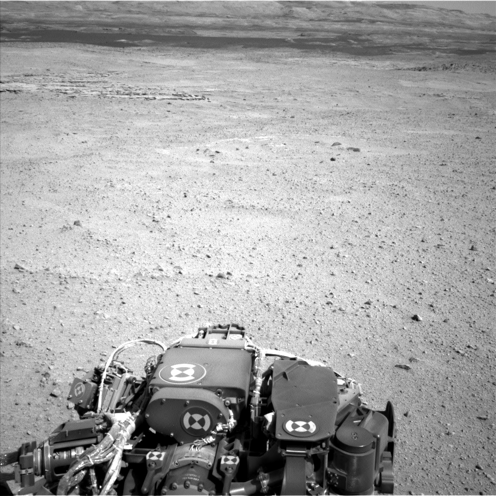 Nasa's Mars rover Curiosity acquired this image using its Left Navigation Camera on Sol 657, at drive 0, site number 35