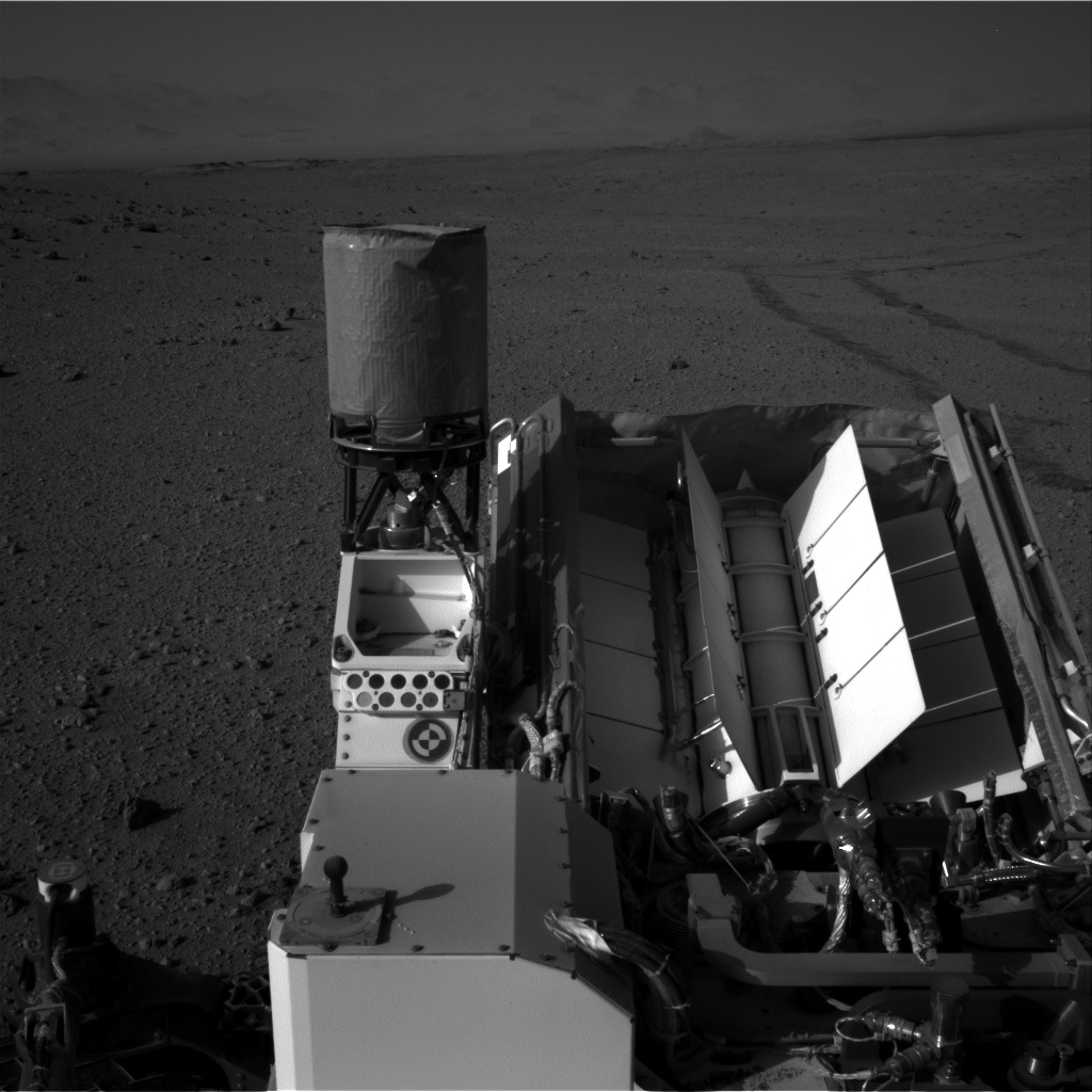 Nasa's Mars rover Curiosity acquired this image using its Right Navigation Camera on Sol 657, at drive 0, site number 35
