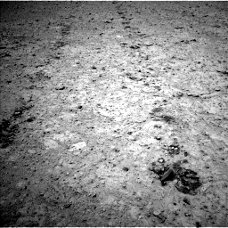 Nasa's Mars rover Curiosity acquired this image using its Left Navigation Camera on Sol 661, at drive 424, site number 35