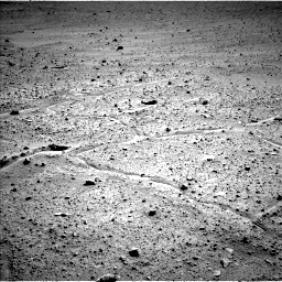 Nasa's Mars rover Curiosity acquired this image using its Left Navigation Camera on Sol 661, at drive 946, site number 35