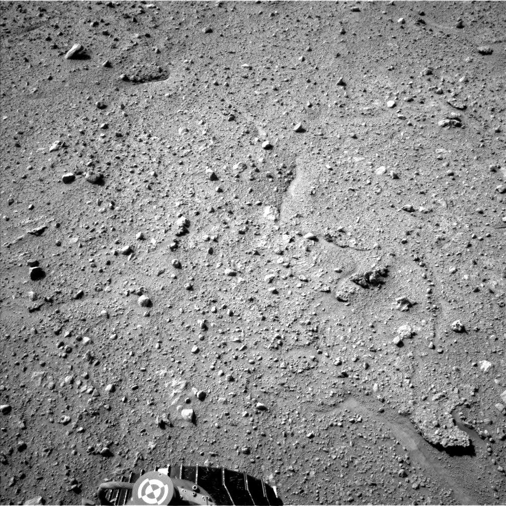 Nasa's Mars rover Curiosity acquired this image using its Left Navigation Camera on Sol 661, at drive 998, site number 35