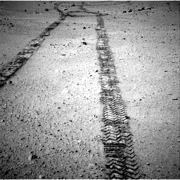Nasa's Mars rover Curiosity acquired this image using its Right Navigation Camera on Sol 663, at drive 162, site number 36