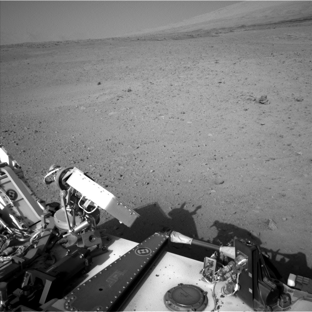 Nasa's Mars rover Curiosity acquired this image using its Left Navigation Camera on Sol 670, at drive 1070, site number 37