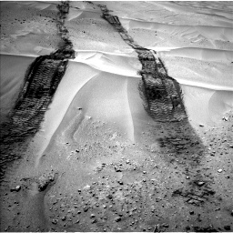 Nasa's Mars rover Curiosity acquired this image using its Left Navigation Camera on Sol 672, at drive 1758, site number 37