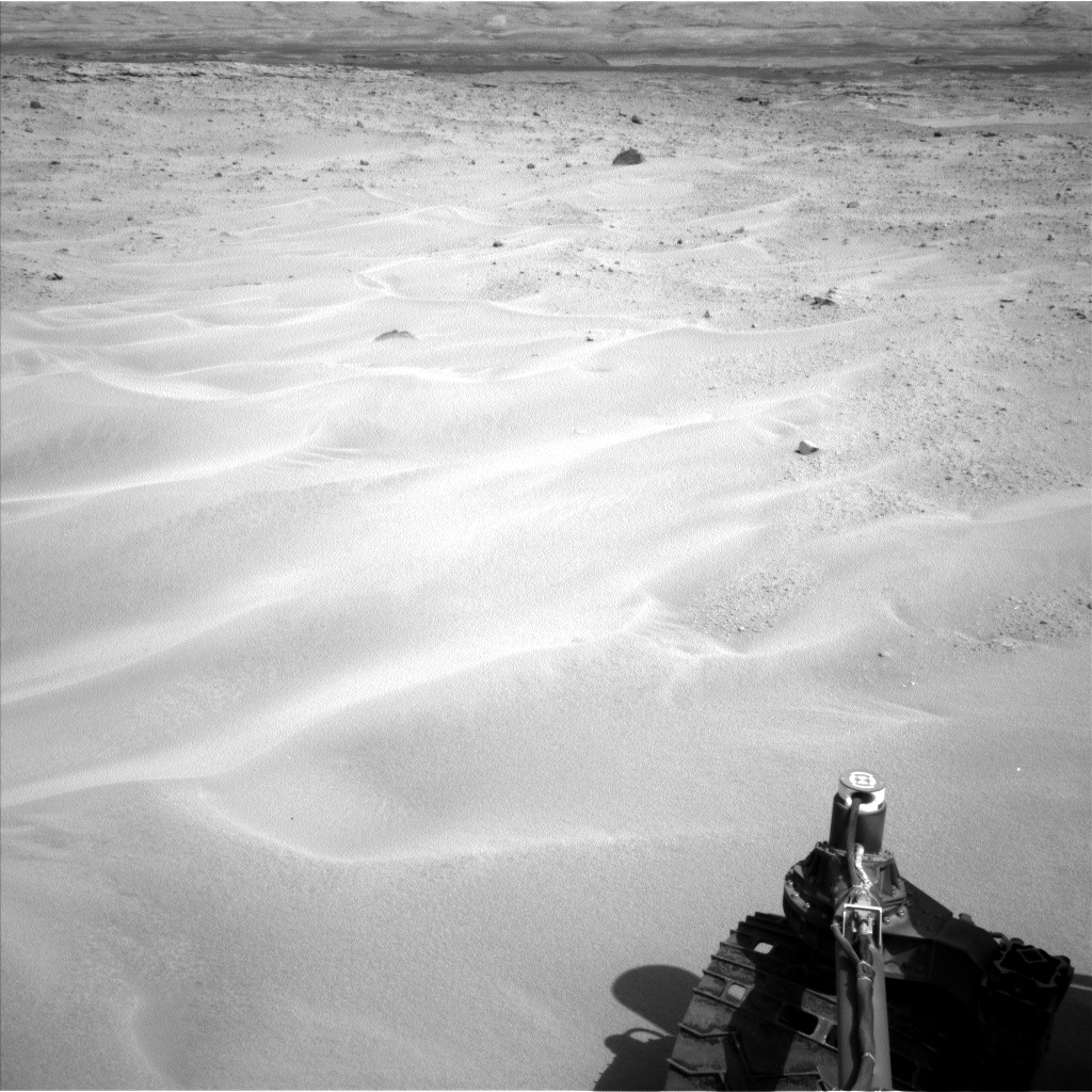 Nasa's Mars rover Curiosity acquired this image using its Left Navigation Camera on Sol 672, at drive 0, site number 38
