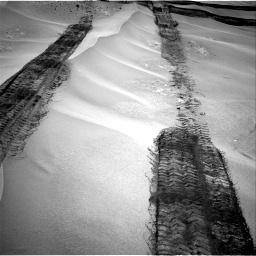 Nasa's Mars rover Curiosity acquired this image using its Right Navigation Camera on Sol 676, at drive 166, site number 38