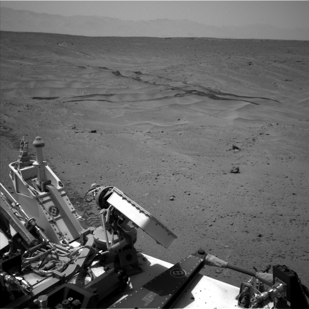 Nasa's Mars rover Curiosity acquired this image using its Left Navigation Camera on Sol 677, at drive 338, site number 38