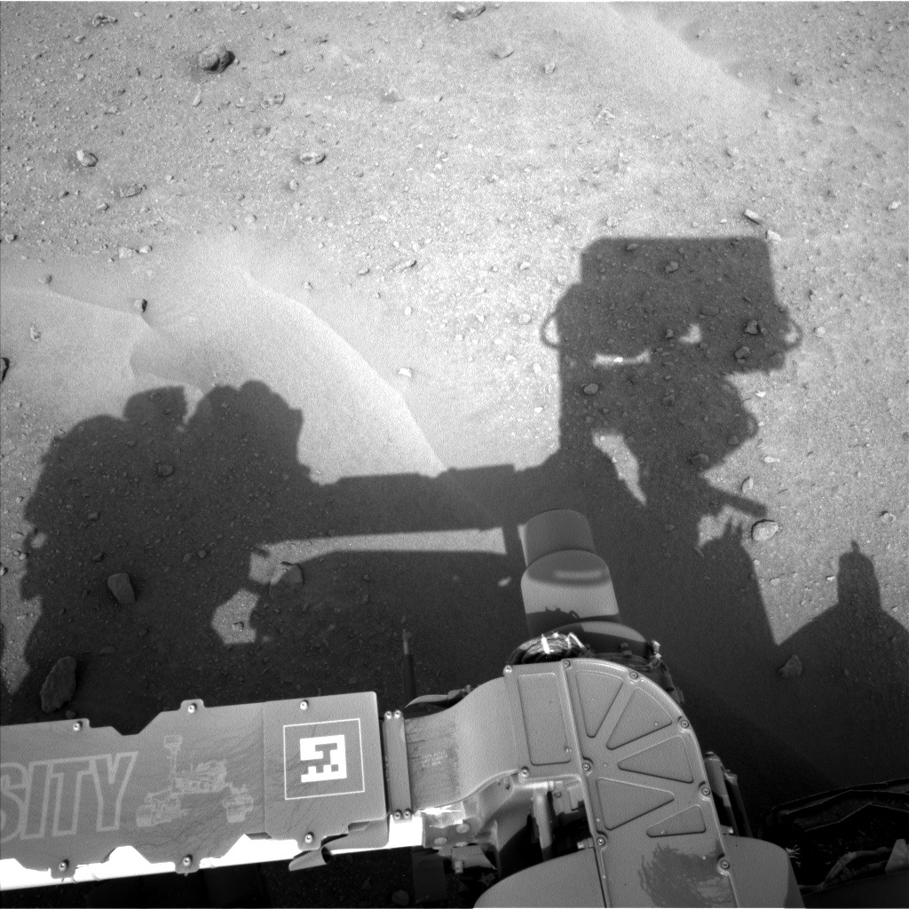 NASA's Mars rover Curiosity acquired this image using its Left Navigation Camera (Navcams) on Sol 679