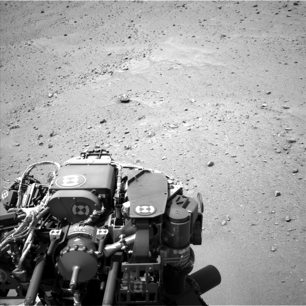 Nasa's Mars rover Curiosity acquired this image using its Left Navigation Camera on Sol 683, at drive 924, site number 38