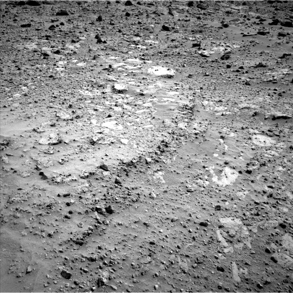 Nasa's Mars rover Curiosity acquired this image using its Left Navigation Camera on Sol 688, at drive 426, site number 39
