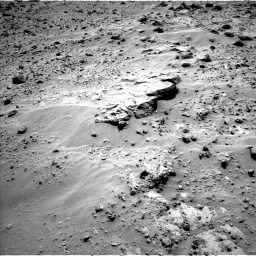 Nasa's Mars rover Curiosity acquired this image using its Left Navigation Camera on Sol 689, at drive 516, site number 39