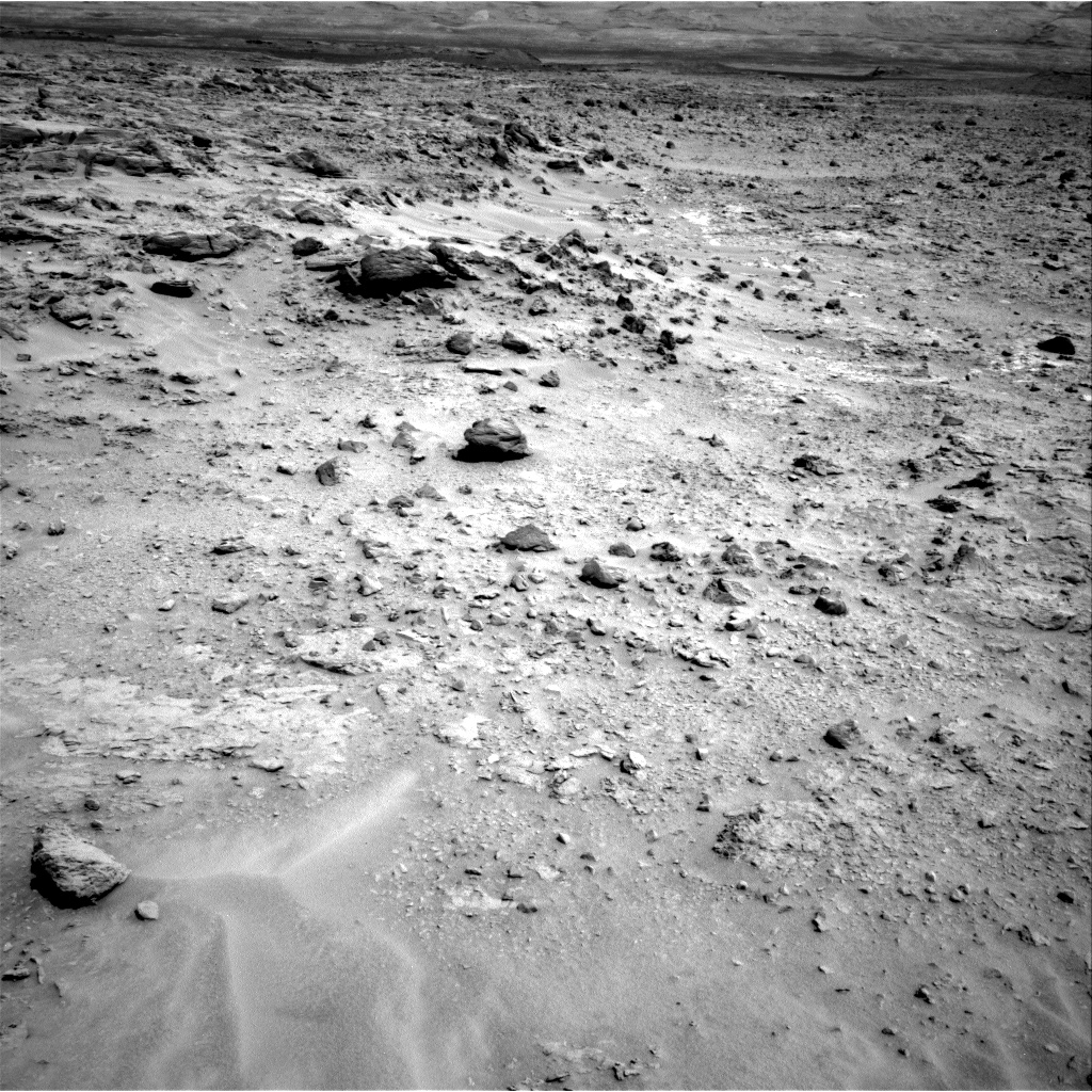 Nasa's Mars rover Curiosity acquired this image using its Right Navigation Camera on Sol 689, at drive 516, site number 39