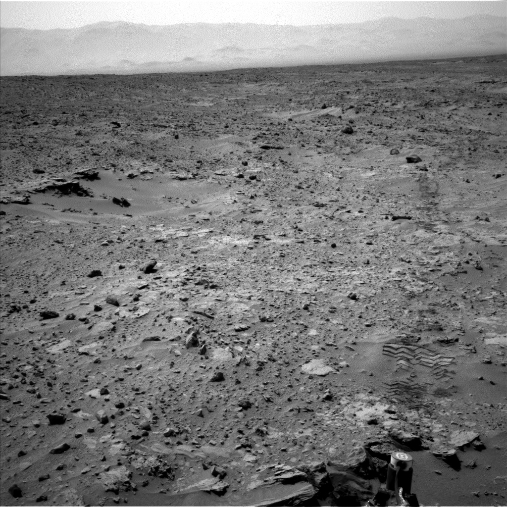 Nasa's Mars rover Curiosity acquired this image using its Left Navigation Camera on Sol 690, at drive 726, site number 39