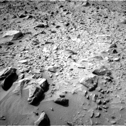 Nasa's Mars rover Curiosity acquired this image using its Left Navigation Camera on Sol 692, at drive 1122, site number 39