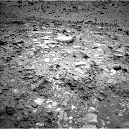Nasa's Mars rover Curiosity acquired this image using its Left Navigation Camera on Sol 695, at drive 1218, site number 39