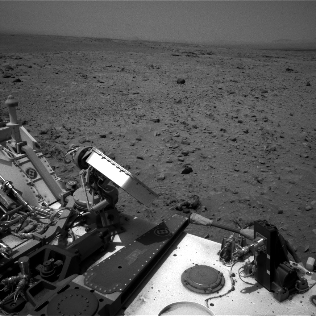 Nasa's Mars rover Curiosity acquired this image using its Left Navigation Camera on Sol 695, at drive 1396, site number 39