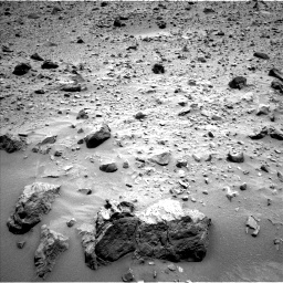 Nasa's Mars rover Curiosity acquired this image using its Left Navigation Camera on Sol 696, at drive 1426, site number 39