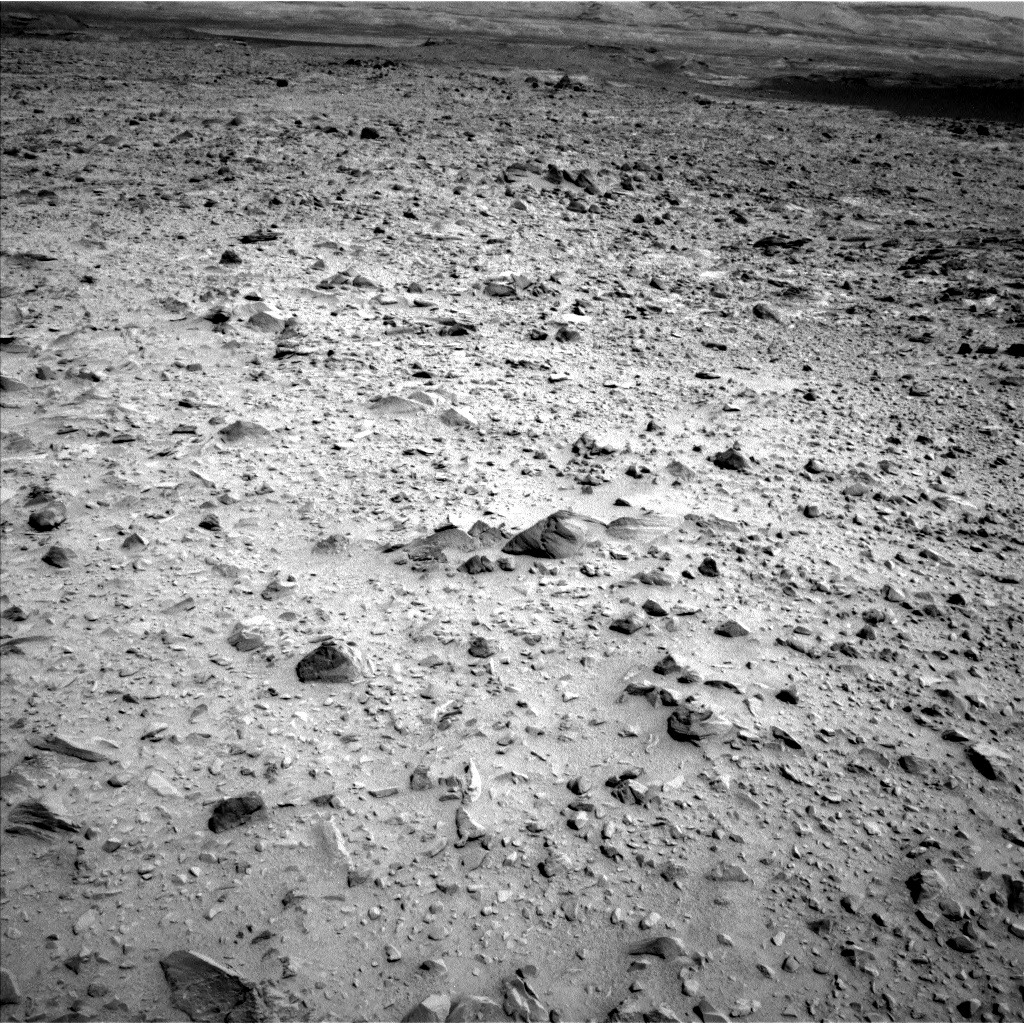 Nasa's Mars rover Curiosity acquired this image using its Left Navigation Camera on Sol 696, at drive 1552, site number 39