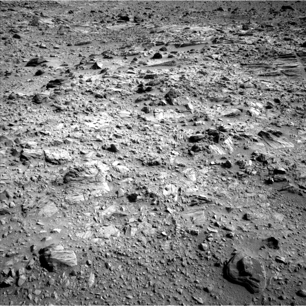 Nasa's Mars rover Curiosity acquired this image using its Left Navigation Camera on Sol 702, at drive 1630, site number 39