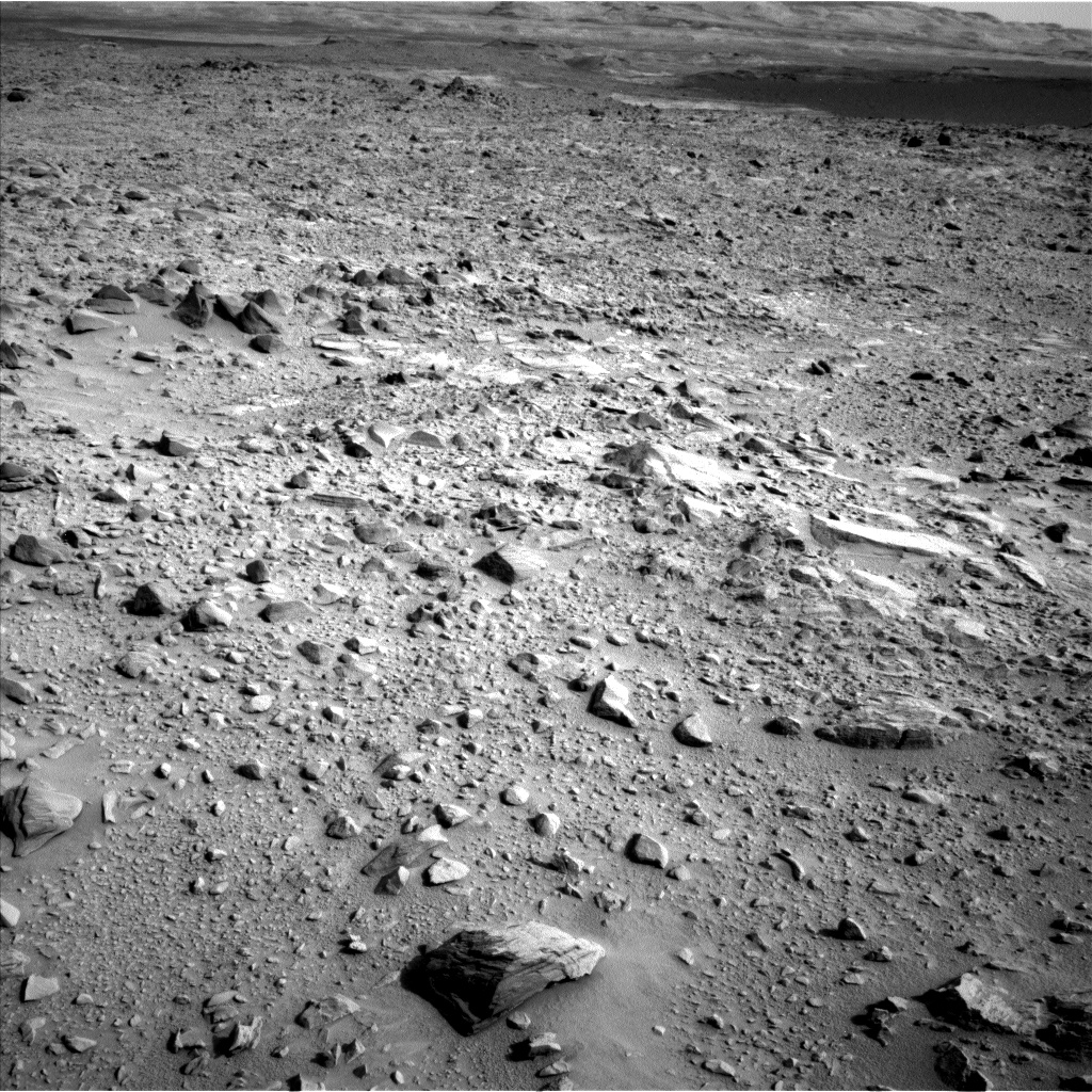 Nasa's Mars rover Curiosity acquired this image using its Left Navigation Camera on Sol 702, at drive 1666, site number 39