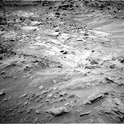 Nasa's Mars rover Curiosity acquired this image using its Left Navigation Camera on Sol 703, at drive 1732, site number 39