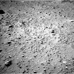 Nasa's Mars rover Curiosity acquired this image using its Left Navigation Camera on Sol 703, at drive 1834, site number 39