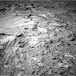 Nasa's Mars rover Curiosity acquired this image using its Right Navigation Camera on Sol 703, at drive 1678, site number 39