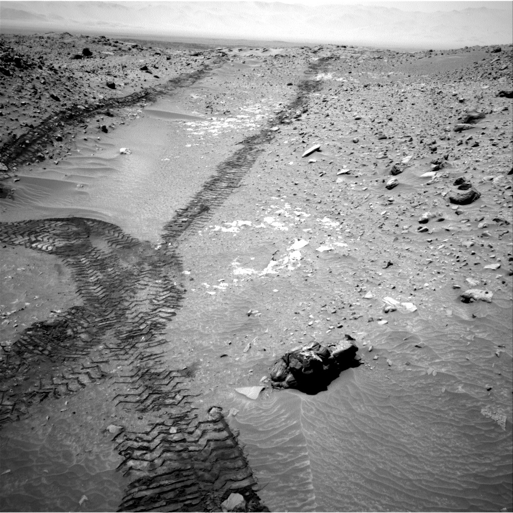 Nasa's Mars rover Curiosity acquired this image using its Right Navigation Camera on Sol 709, at drive 278, site number 40