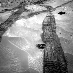 Nasa's Mars rover Curiosity acquired this image using its Right Navigation Camera on Sol 709, at drive 308, site number 40