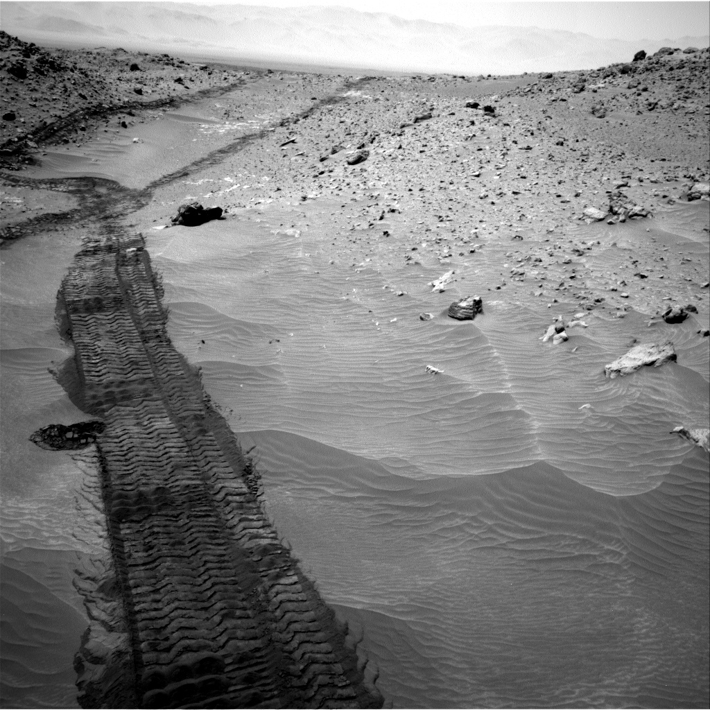 Nasa's Mars rover Curiosity acquired this image using its Right Navigation Camera on Sol 709, at drive 320, site number 40