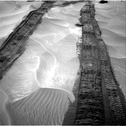 Nasa's Mars rover Curiosity acquired this image using its Right Navigation Camera on Sol 709, at drive 350, site number 40