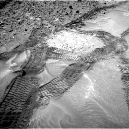 Nasa's Mars rover Curiosity acquired this image using its Left Navigation Camera on Sol 710, at drive 456, site number 40
