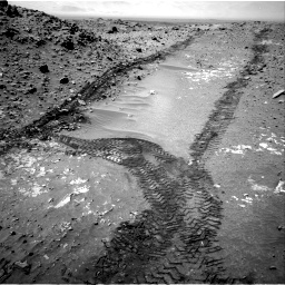 Nasa's Mars rover Curiosity acquired this image using its Right Navigation Camera on Sol 711, at drive 528, site number 40