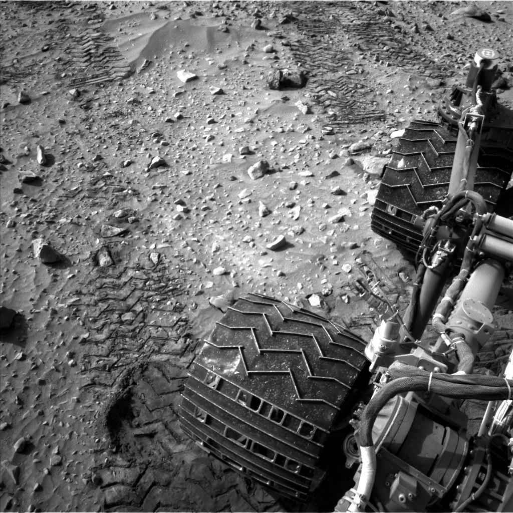 Nasa's Mars rover Curiosity acquired this image using its Left Navigation Camera on Sol 717, at drive 1286, site number 40