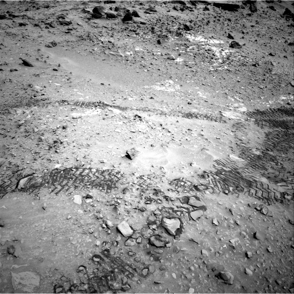 Nasa's Mars rover Curiosity acquired this image using its Right Navigation Camera on Sol 717, at drive 1240, site number 40