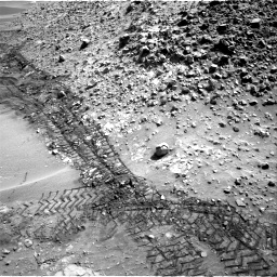 Nasa's Mars rover Curiosity acquired this image using its Right Navigation Camera on Sol 717, at drive 1270, site number 40