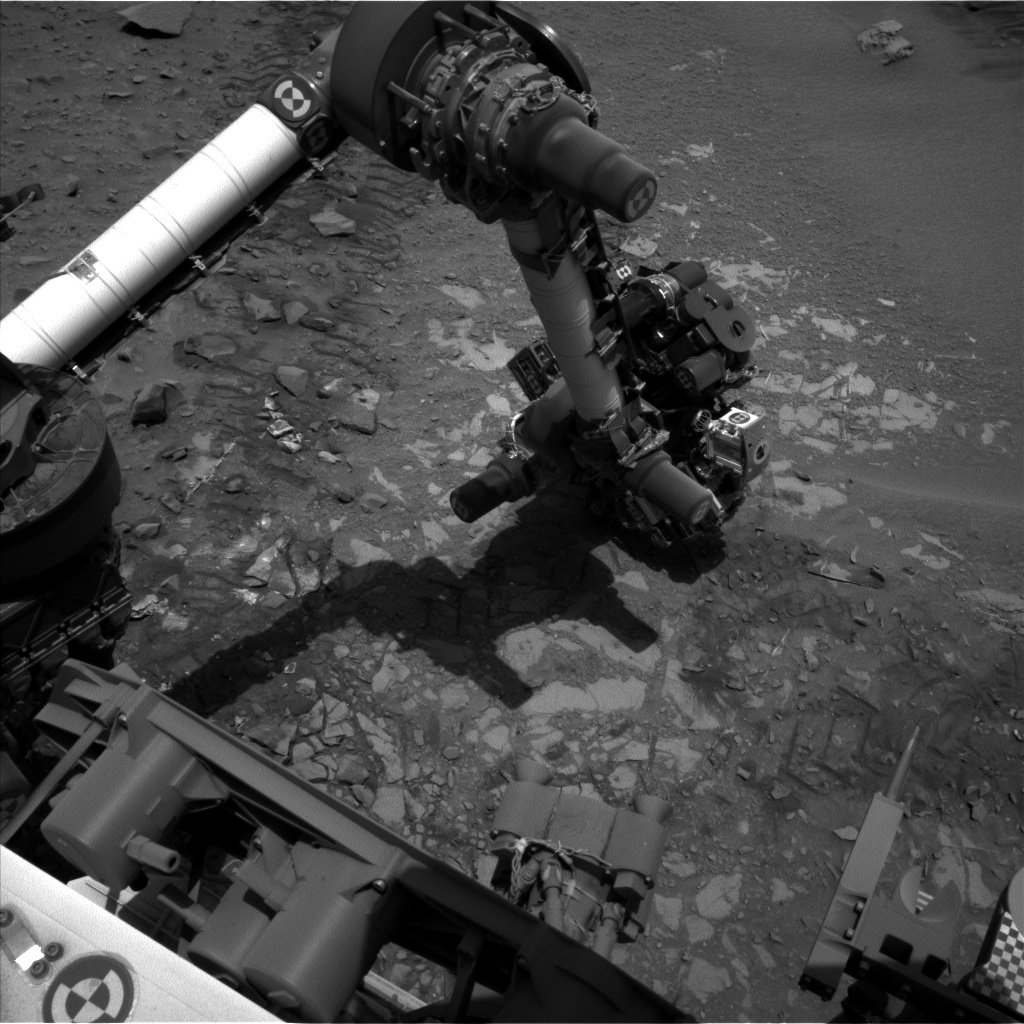 NASA's Mars rover Curiosity acquired this image using its Left Navigation Camera (Navcams) on Sol 722