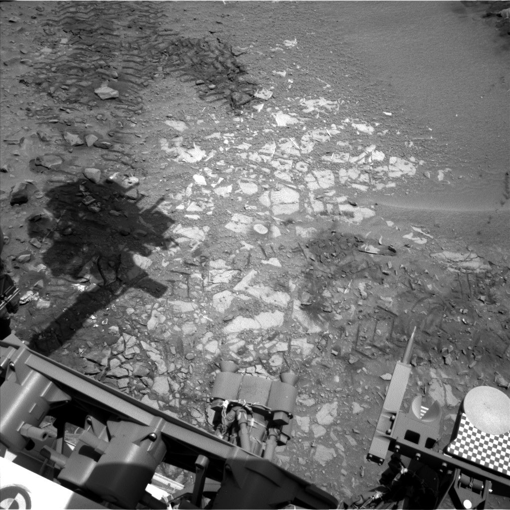 Nasa's Mars rover Curiosity acquired this image using its Left Navigation Camera on Sol 722, at drive 1378, site number 40