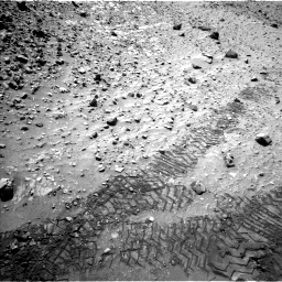 Nasa's Mars rover Curiosity acquired this image using its Left Navigation Camera on Sol 729, at drive 1384, site number 40