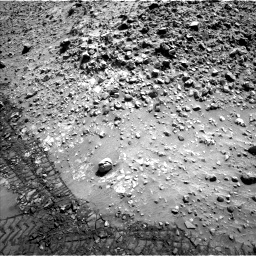 Nasa's Mars rover Curiosity acquired this image using its Left Navigation Camera on Sol 729, at drive 1426, site number 40