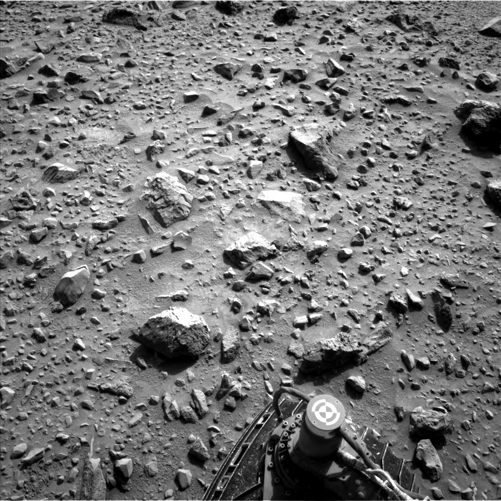 Nasa's Mars rover Curiosity acquired this image using its Left Navigation Camera on Sol 729, at drive 1850, site number 40